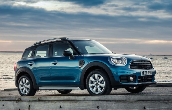 MINI COUNTRYMAN Cooper S E ALL4 Business Aut.